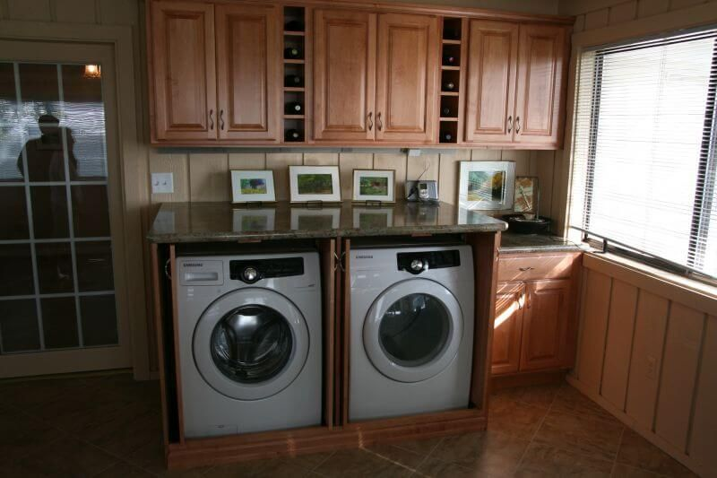 15 Clever Laundry Room Ideas That Are Practical And Space Efficient Laundry Room Layouts Laundry Cabinets Laundry Room Cabinets