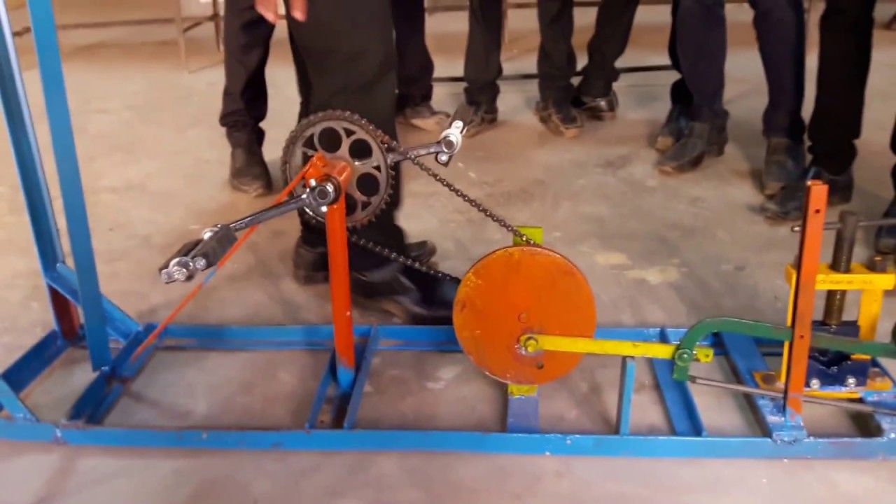 pedal operated hacksaw mechanical engineering project for diploma and degree youtube [ 1280 x 720 Pixel ]
