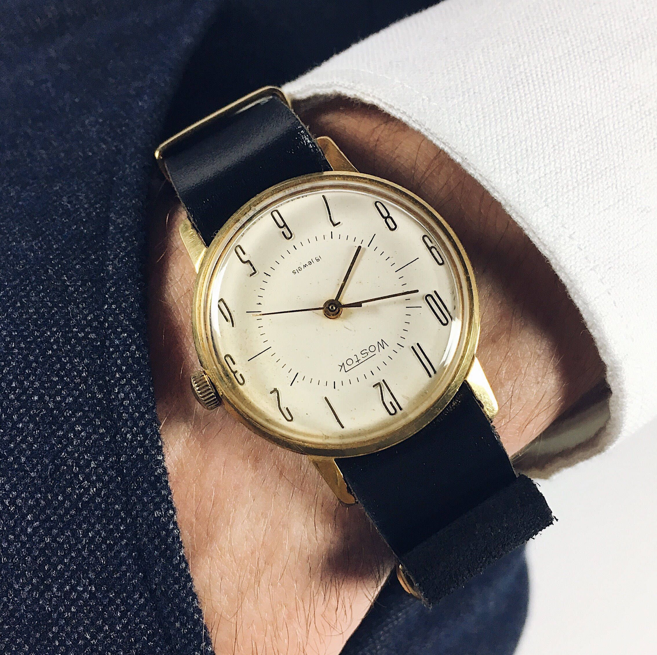 watch horologium wittnauer longines second the setting watches rare one