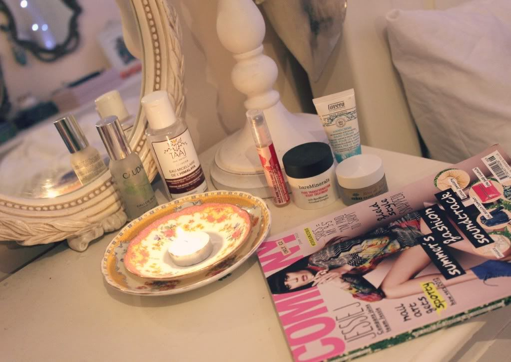 17 Best images about Zoella Deco on Pinterest   Make up storage  Zoella  beauty and Dressing tables. 17 Best images about Zoella Deco on Pinterest   Make up storage