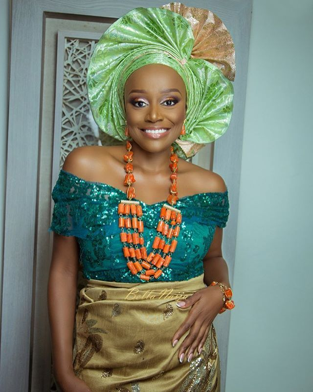 Double Gele for the win! @michelledede for @gbengaartsmith on www.bellanaija.com/weddings ✨  Photography: @dikophotography Jewelry/Styling: @gbengaartsmith Outfit: @teethreads  Makeup: @zainabazeez Gele: @oni_gele  #BellaNaijaWeddings