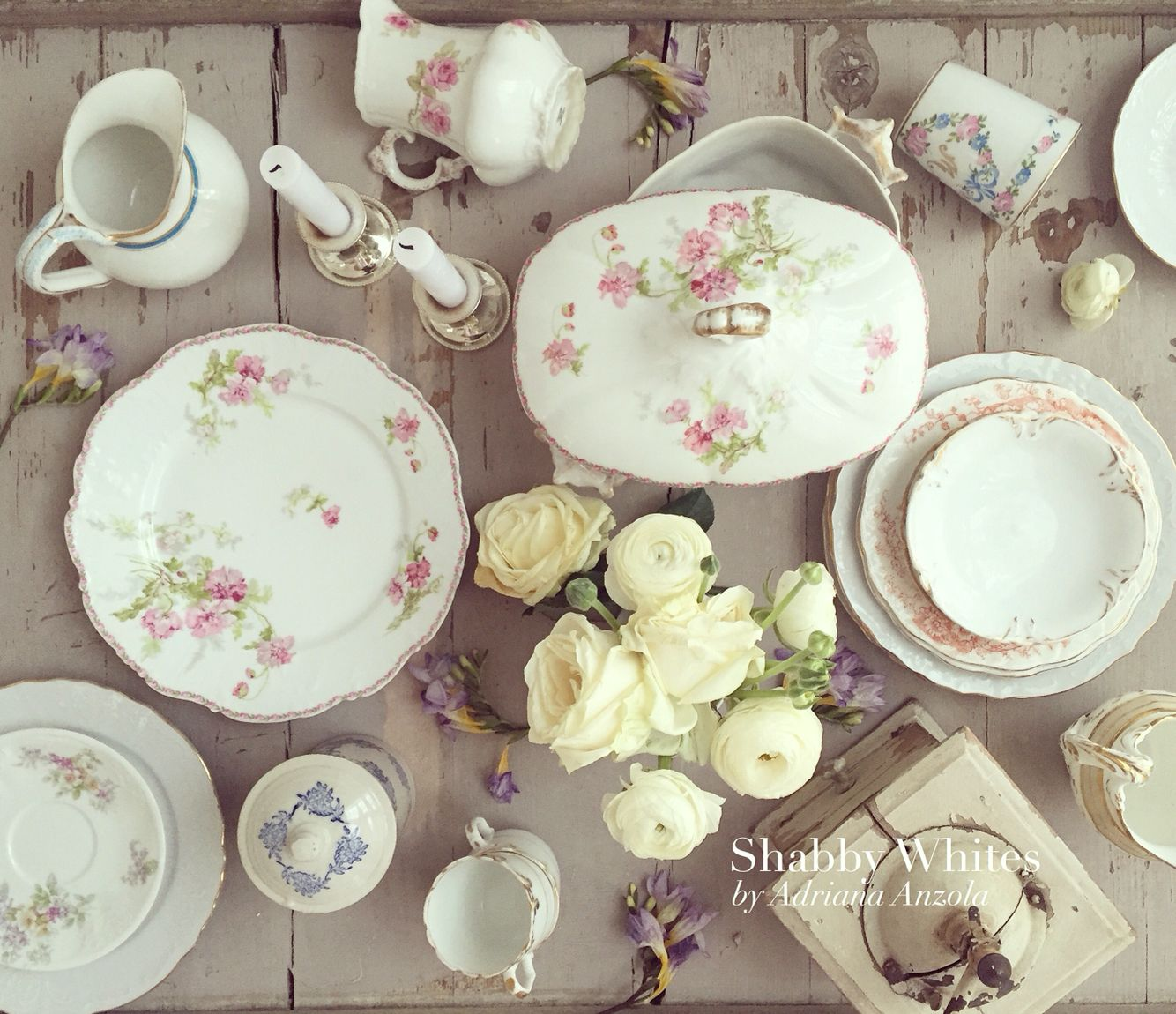 Elegant Tableware For Dining Rooms With Style: Shabby Chic Dining Room, Shabby