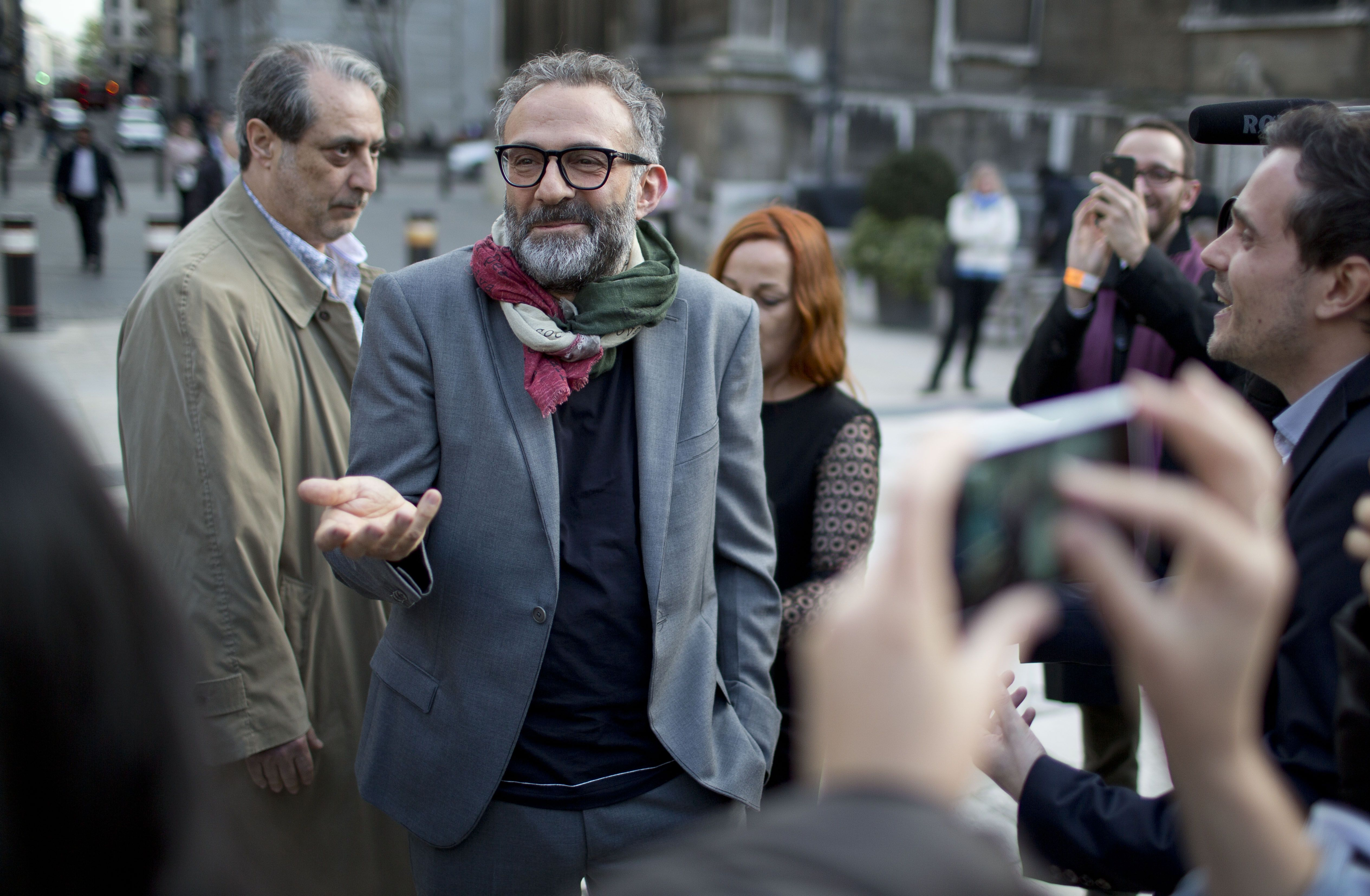 Massimo Bottura, whose restaurant Osteria Francescana received the 3rd price for best restaurant 2014, entering the guildhall #worlds50best