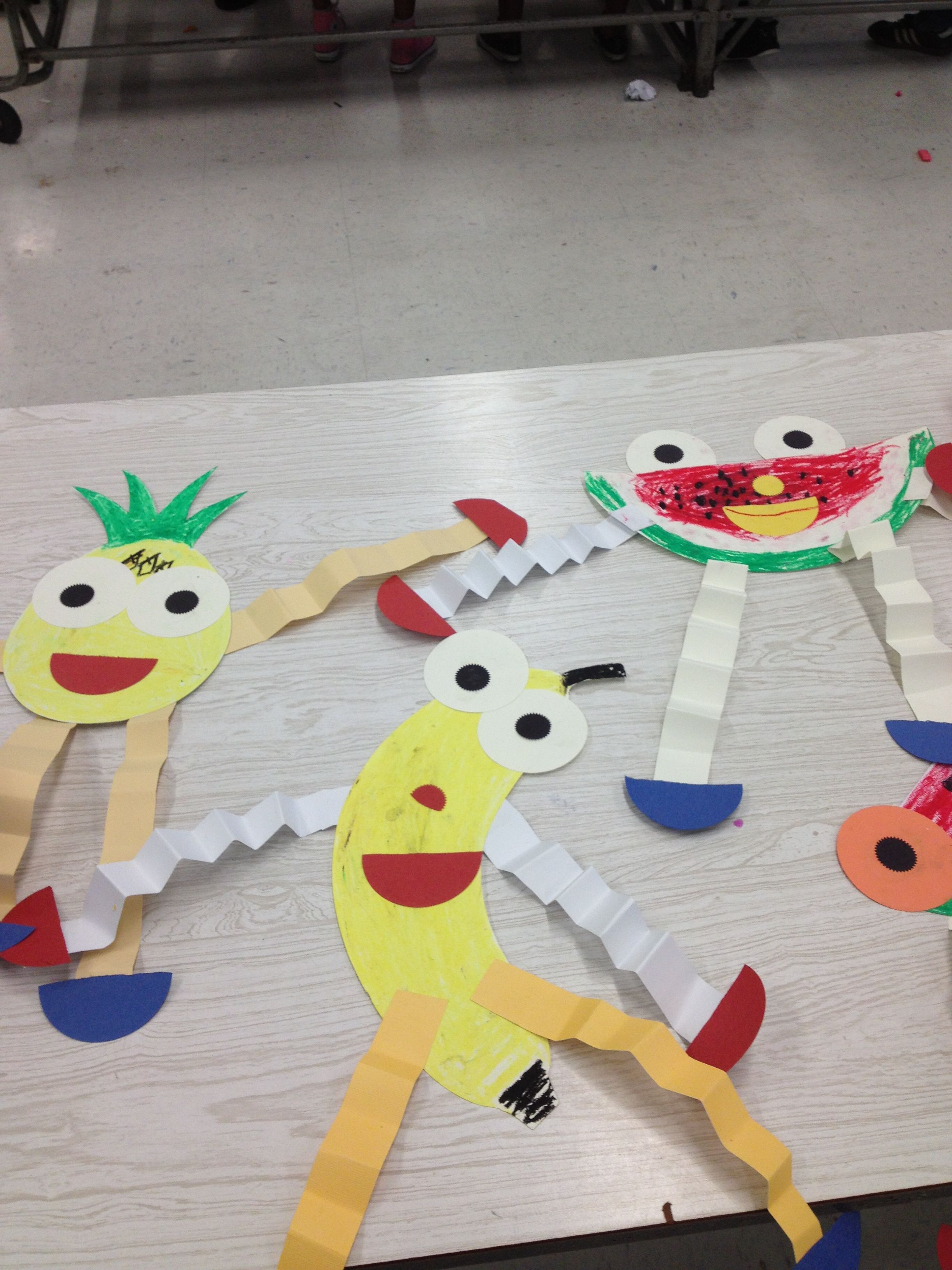 daily craft ideas paper fruit puppets teaching preschoolers the 1835