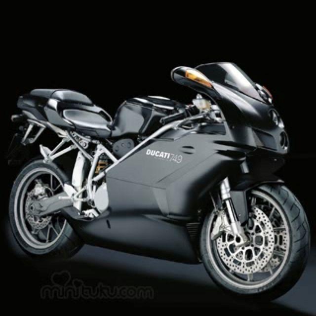 Ducati 749 dark! I want this sexy piece of machinery. | Venomous ...