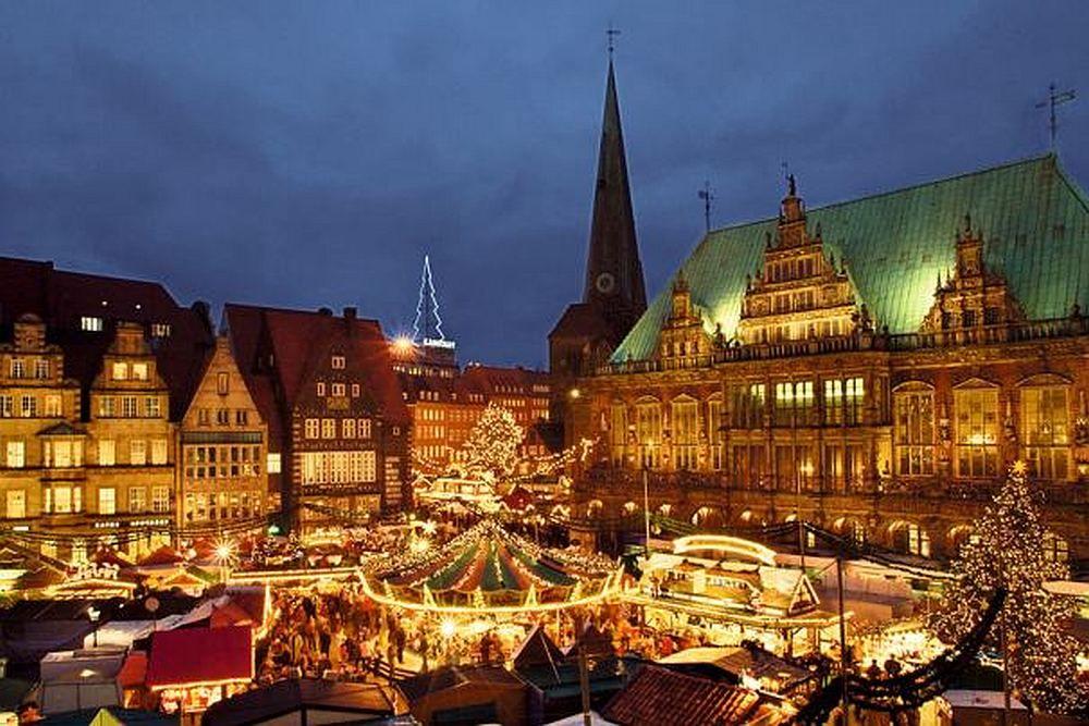 weihnachtsmarkt bremen um den bremer roland herum 2012. Black Bedroom Furniture Sets. Home Design Ideas