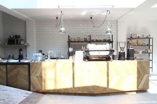 Coffee  Smoothie Shop Kade 6 // Amsterdam