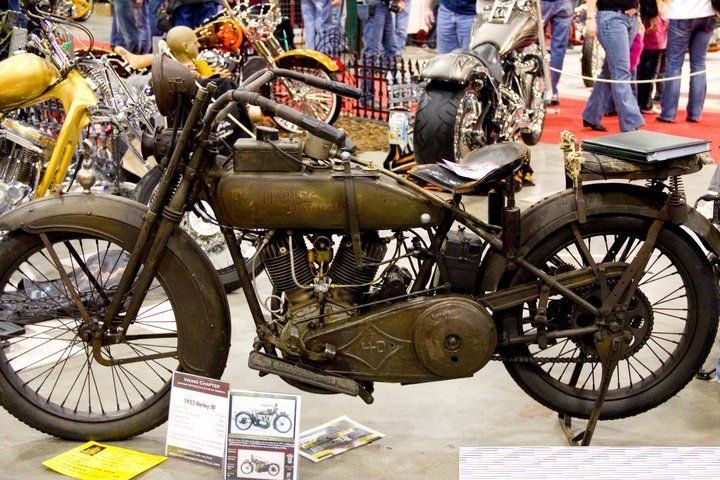 1922 Harley, cool...  Donnie Smith Bike Show 2011...