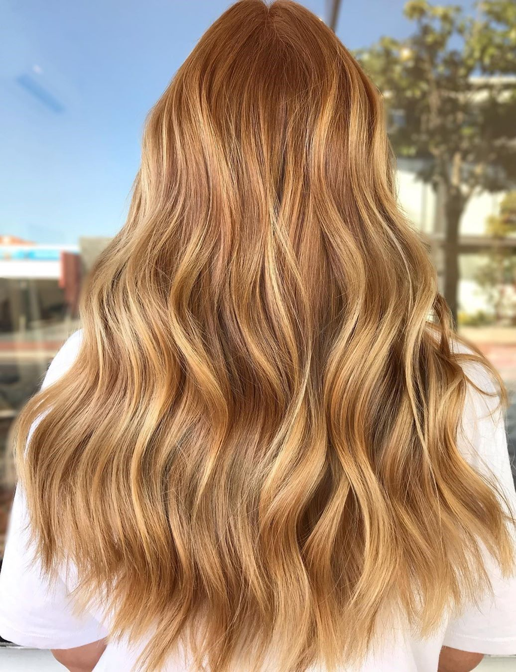 30 Trendy Strawberry Blonde Hair Colors & Styles f