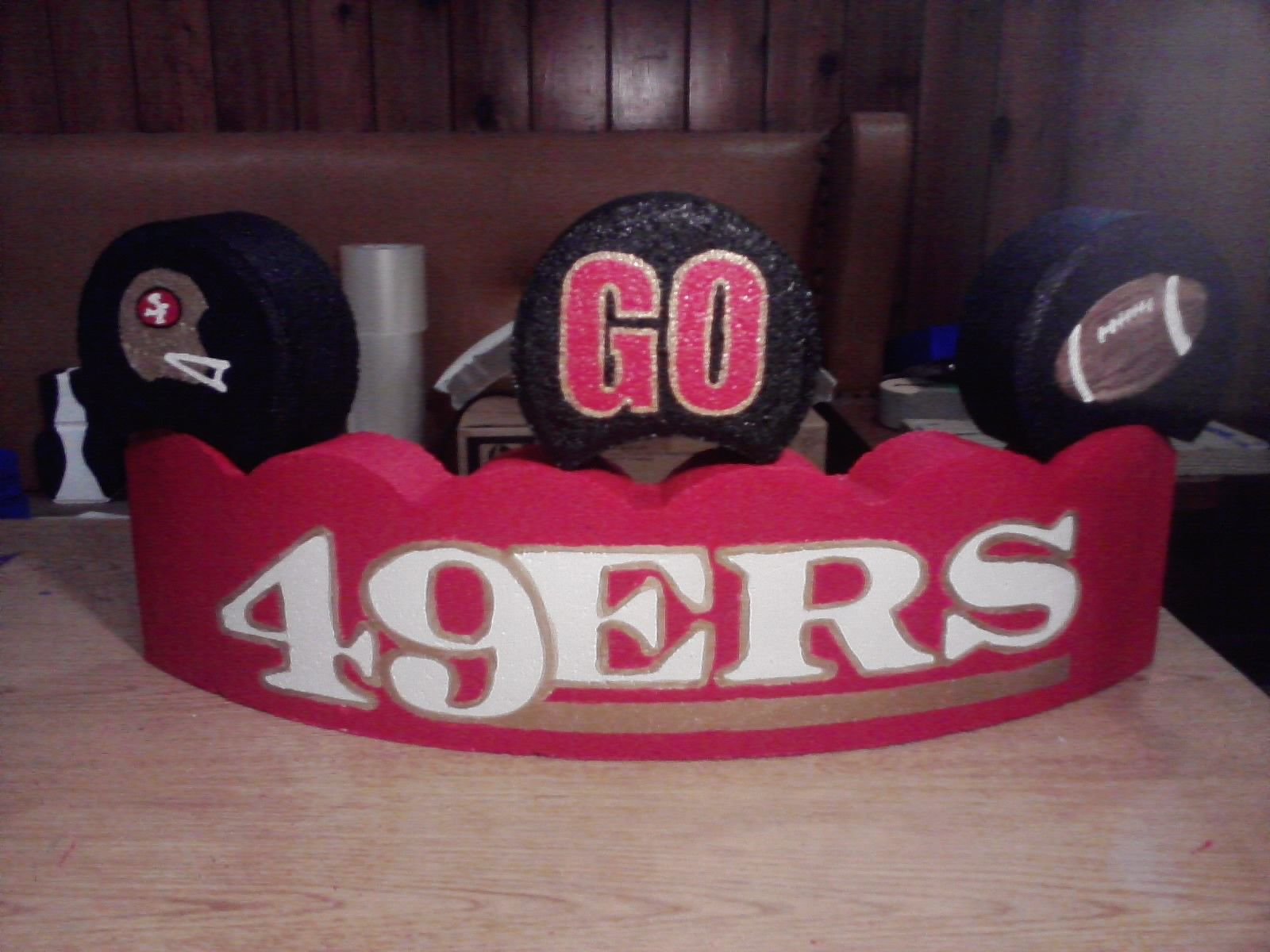 Hand Painted 49Ers Curved Paver With 3 Toppers (49Ers Helmet,
