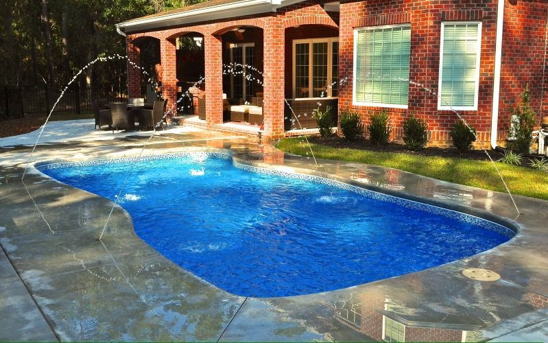Best 25 fiberglass pools for sale ideas on pinterest for Inground swimming pools sale