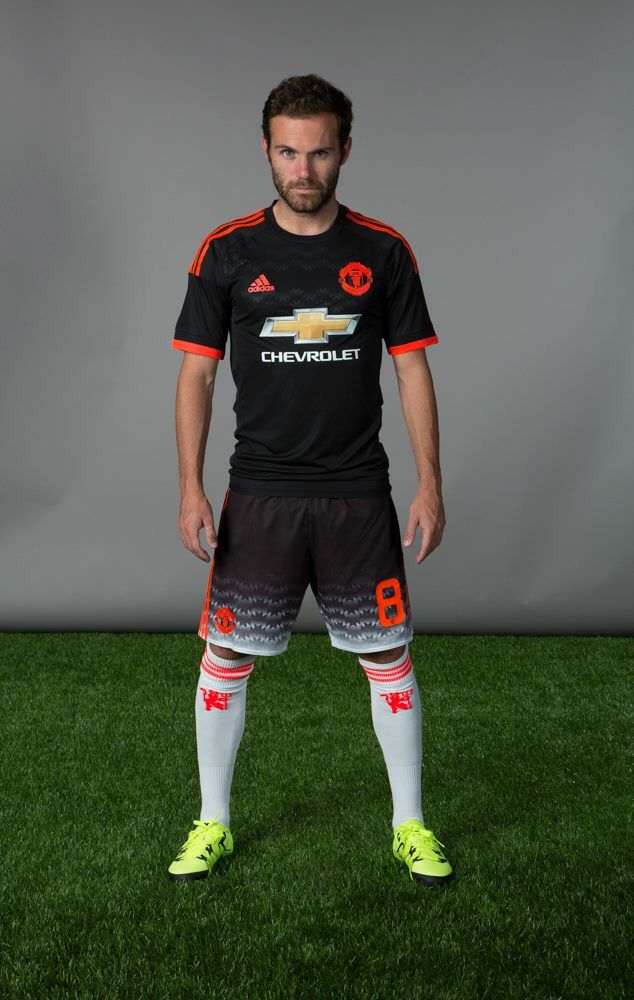 7d7546f2a55 Manchester United 2015 16 third kit - Juan Mata promo kit launch ...