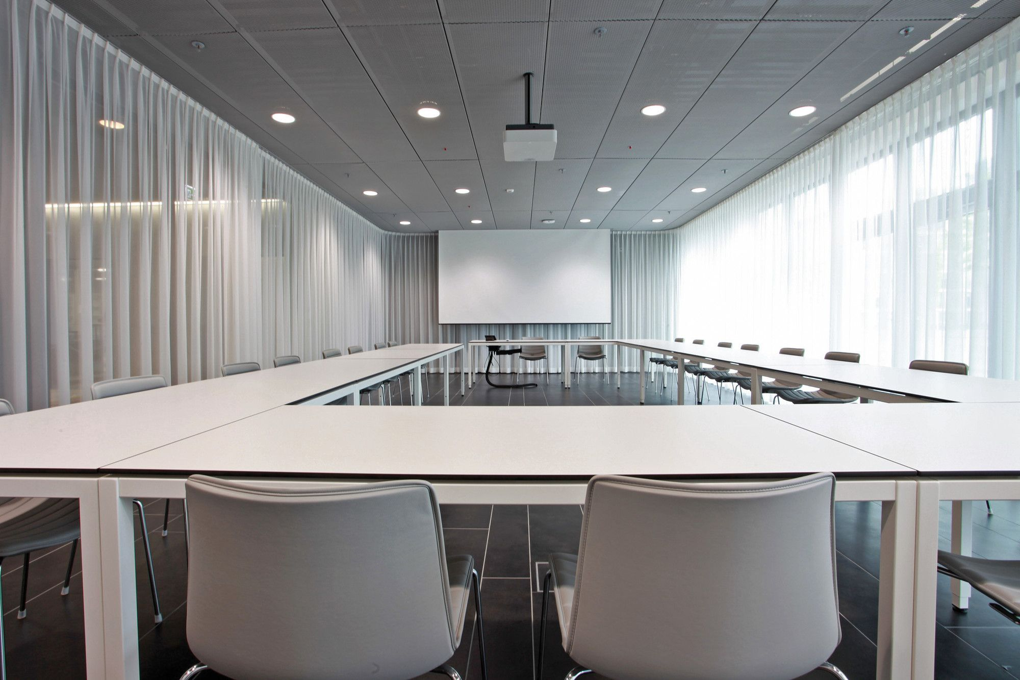 5300 Electric Curtain Track System In A Conference Room