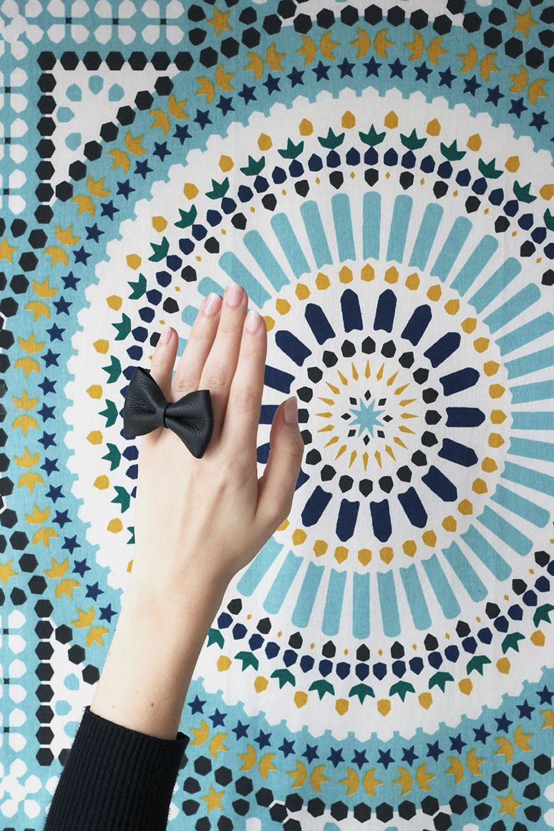 diy leather bow ring | oversized ring | black leather jewelry | statement jewelry