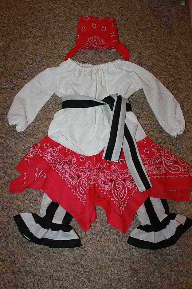 DIY Pirate Costume for Little Girls | 25 Argh-tastic DIY Pirate Costume Ideas & DIY Pirate Costume for Little Girls | 25 Argh-tastic DIY Pirate ...