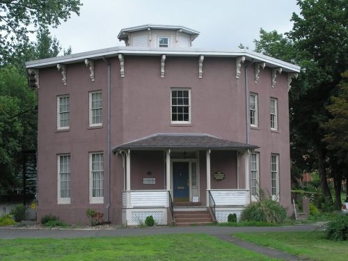 Pin On Octagon Houses