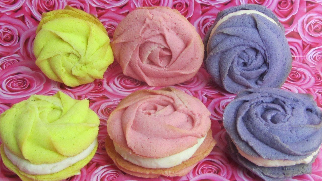 Biscotti a forma di rose - Rose cookies   Happy Rose Month ...
