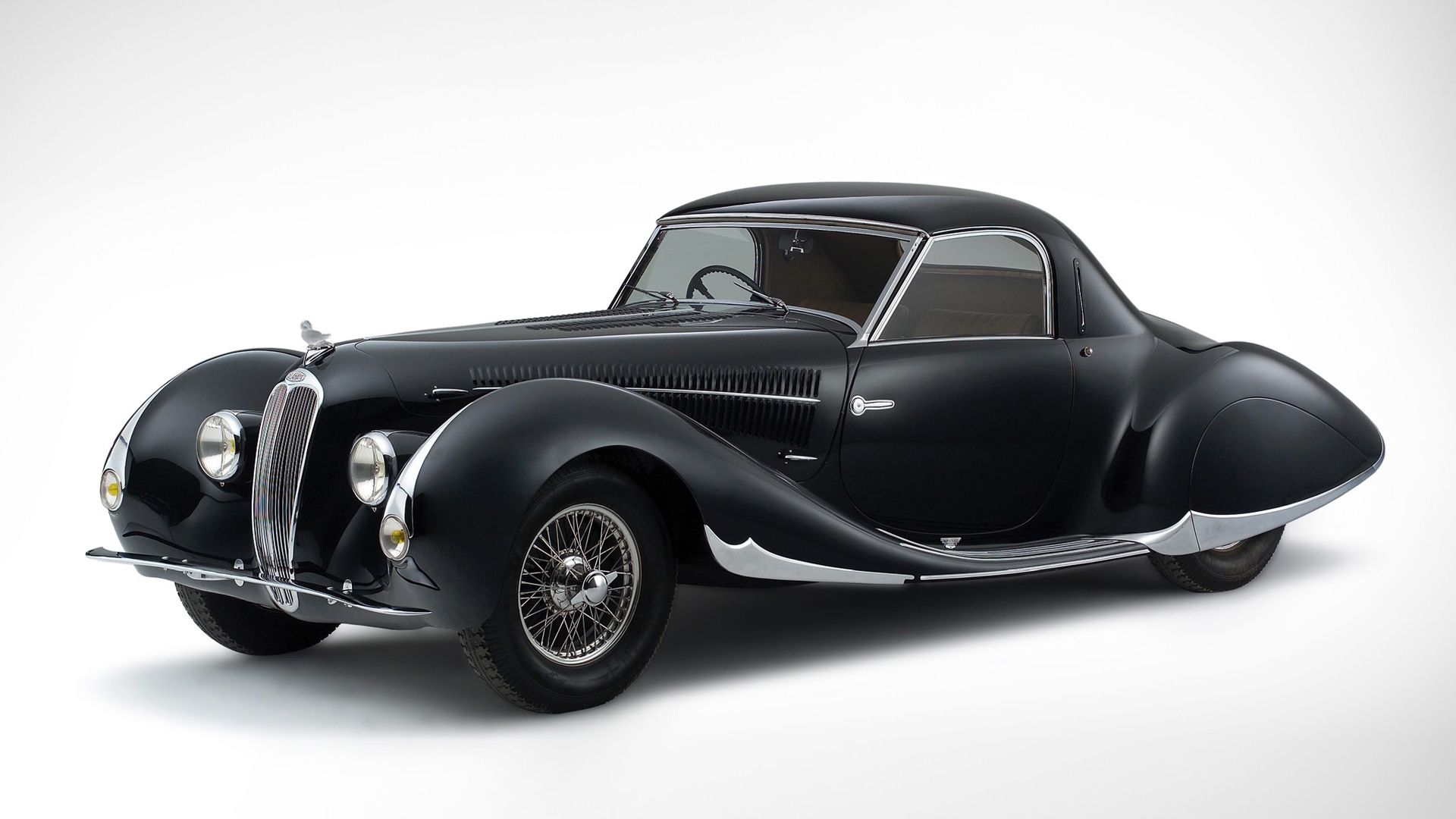 Beautiful black vintage car. | Ruitertassen Black | Pinterest