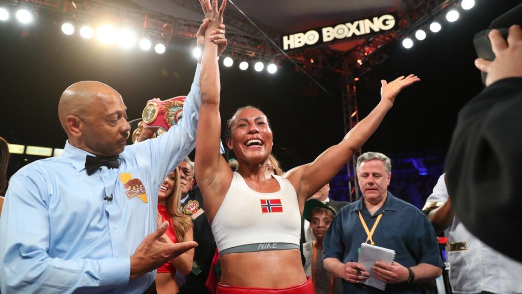 Cecilia Braekhus & Claressa Shields Victorious In the Final HBO