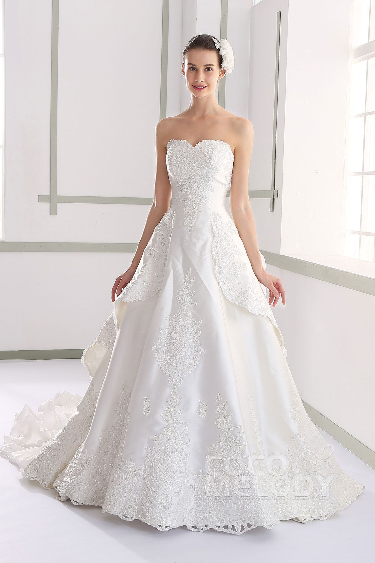 Lovely+A-Line+Sweetheart+Natural+Chapel+Train+Satin+and+Lace+Ivory+Sleeveless+Wedding+Dress+with+Appliques+Beading+and+Removable+Train+LWLT1401B