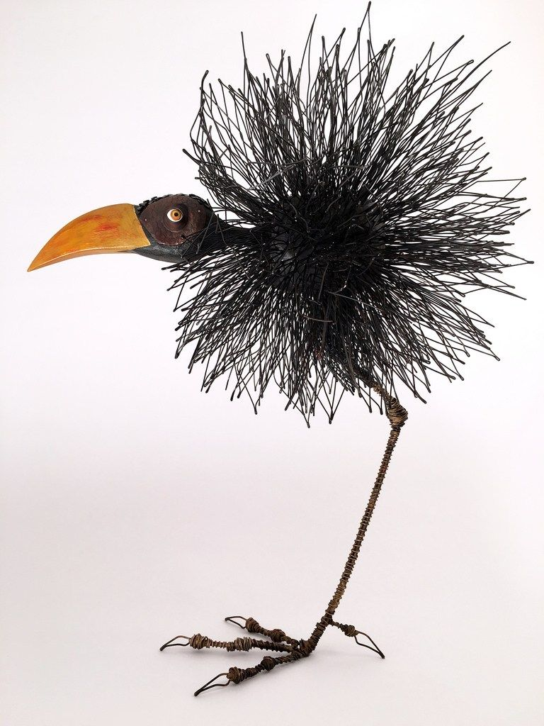 Tom Hill\'s Playful Sculptures of Birds Made of Wires and Wood ...