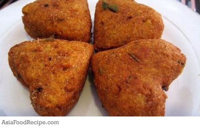 A yummy indian junk food delicacy famous in northern india a yummy indian junk food delicacy famous in northern india forumfinder Image collections