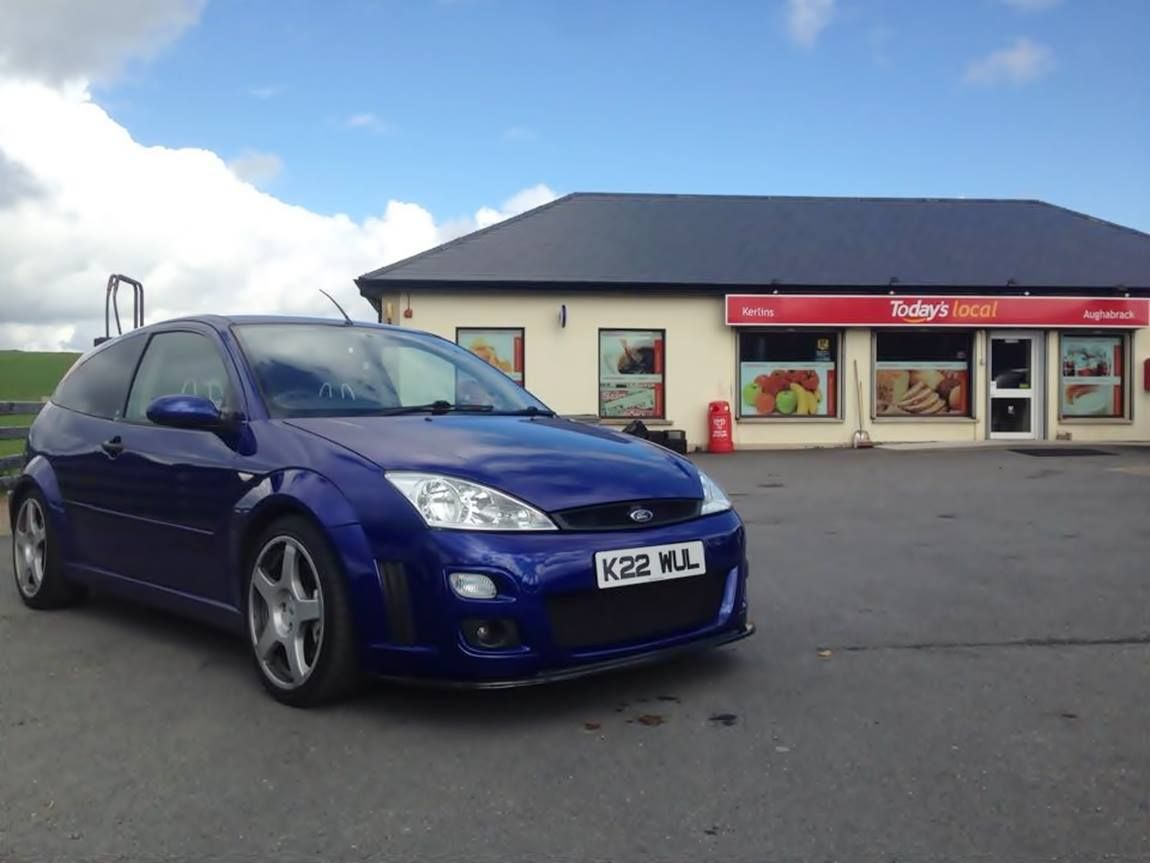 Ford Focus Mk1 Rs Imperial Blue Color Ford Focus Rs Ford Focus Ford Models