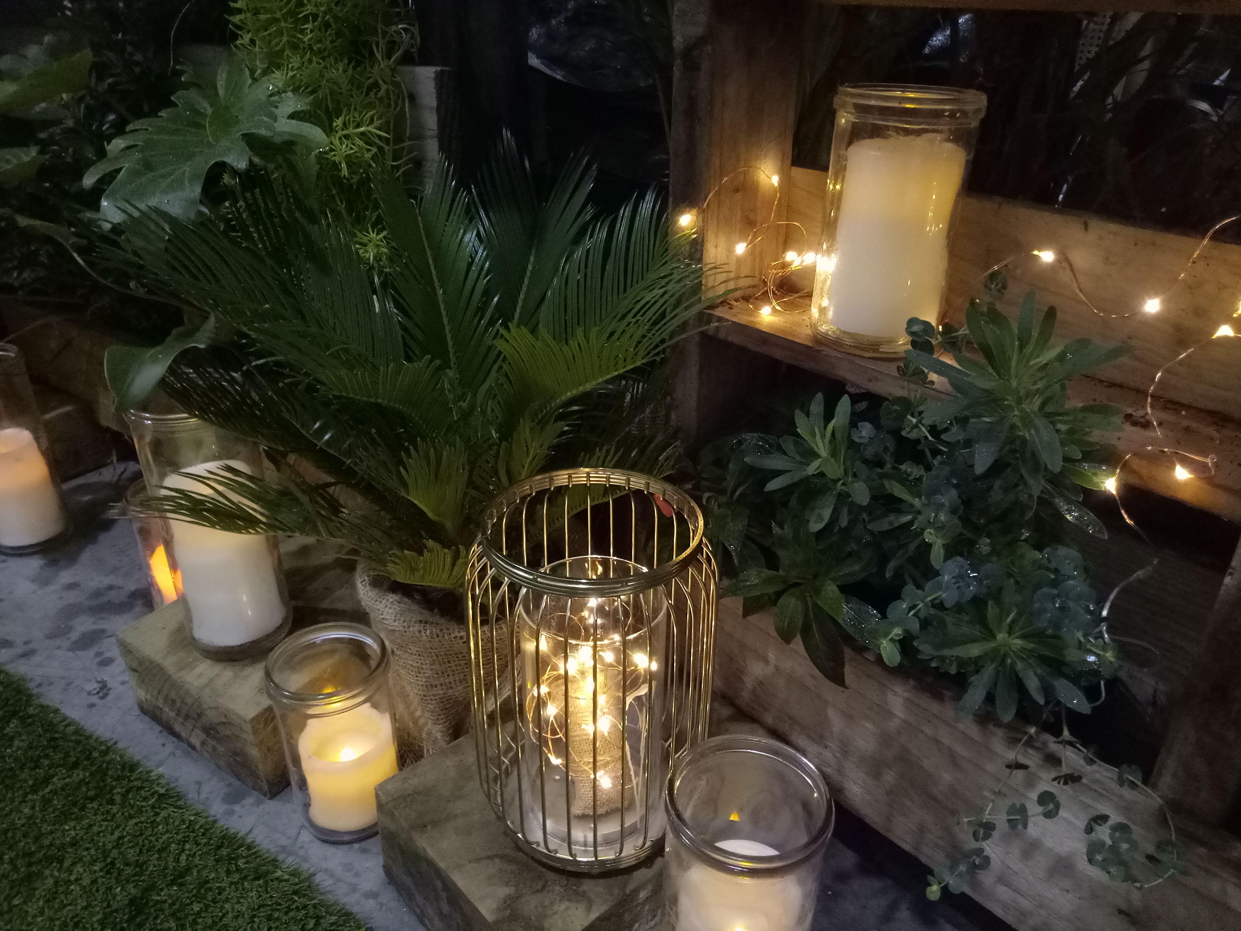 Candles, lanterns & fairy lights