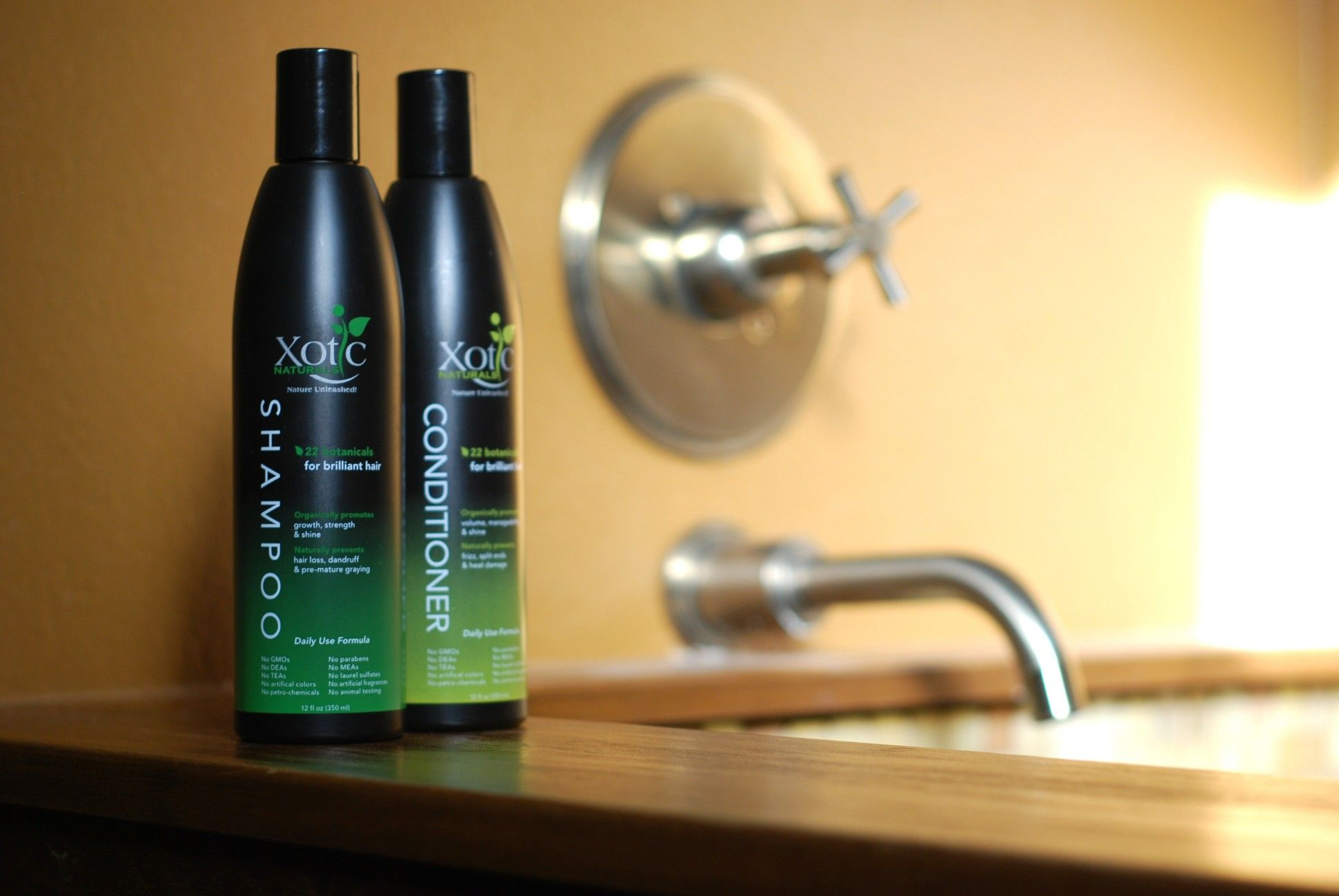 The first AllNatural Shampoo & Conditioner subscription