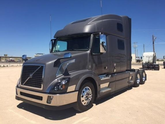 2018 volvo tractor trailer. modren tractor our featured truck is a 2018 volvo vnl64t780 77u201d raised roof sleeper in volvo tractor trailer