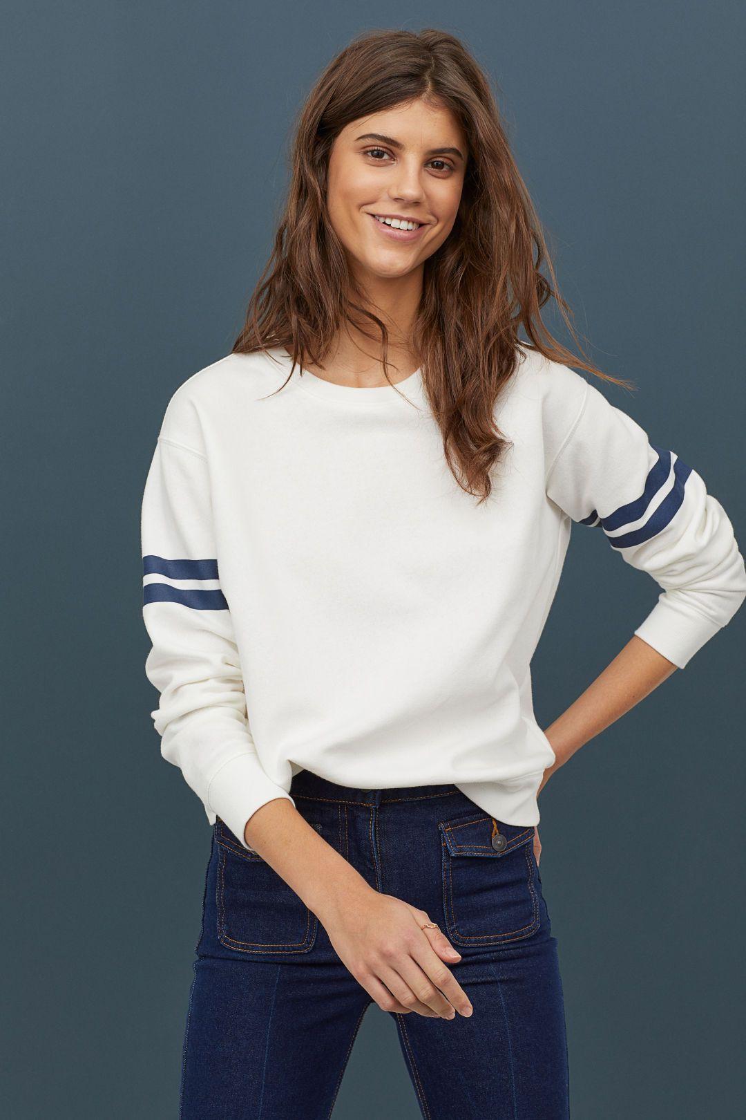 Sweatshirt White Dark Blue Ladies H M Us White Sweatshirt Sweatshirts Fashion [ 1620 x 1080 Pixel ]