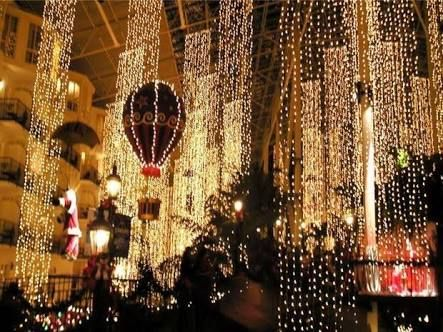 vertical fairy lights wedding - Google Search   Fairy ...