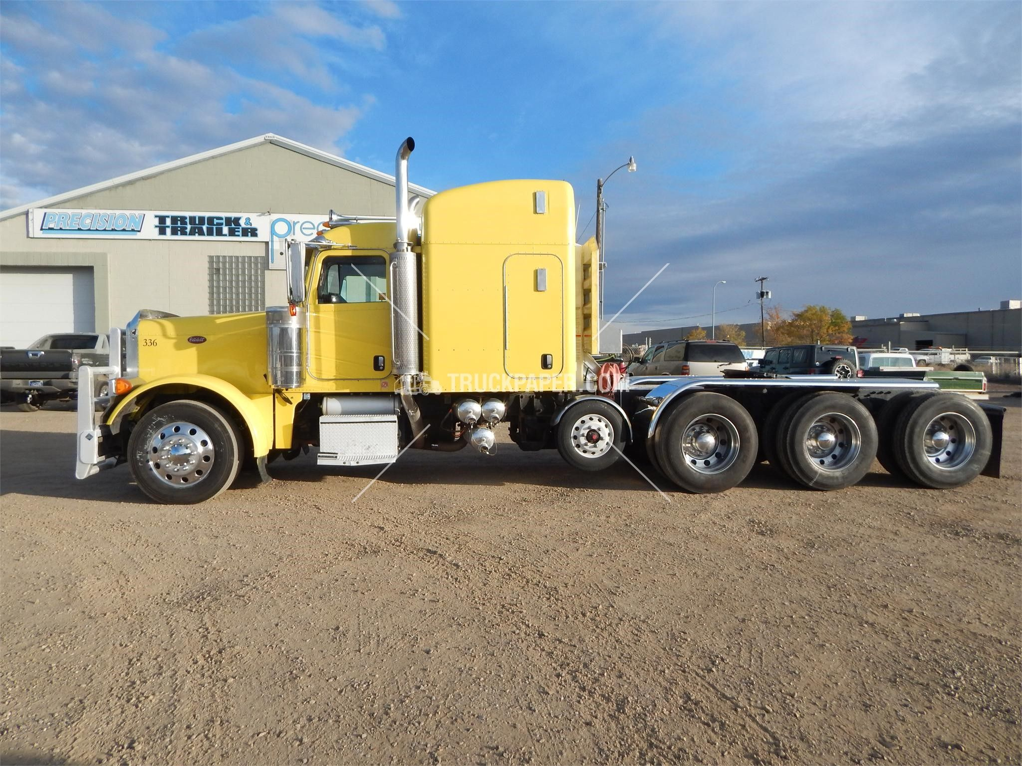 2007 peterbilt 379 heavy duty trucks conventional trucks w sleeper for sale at truckpaper