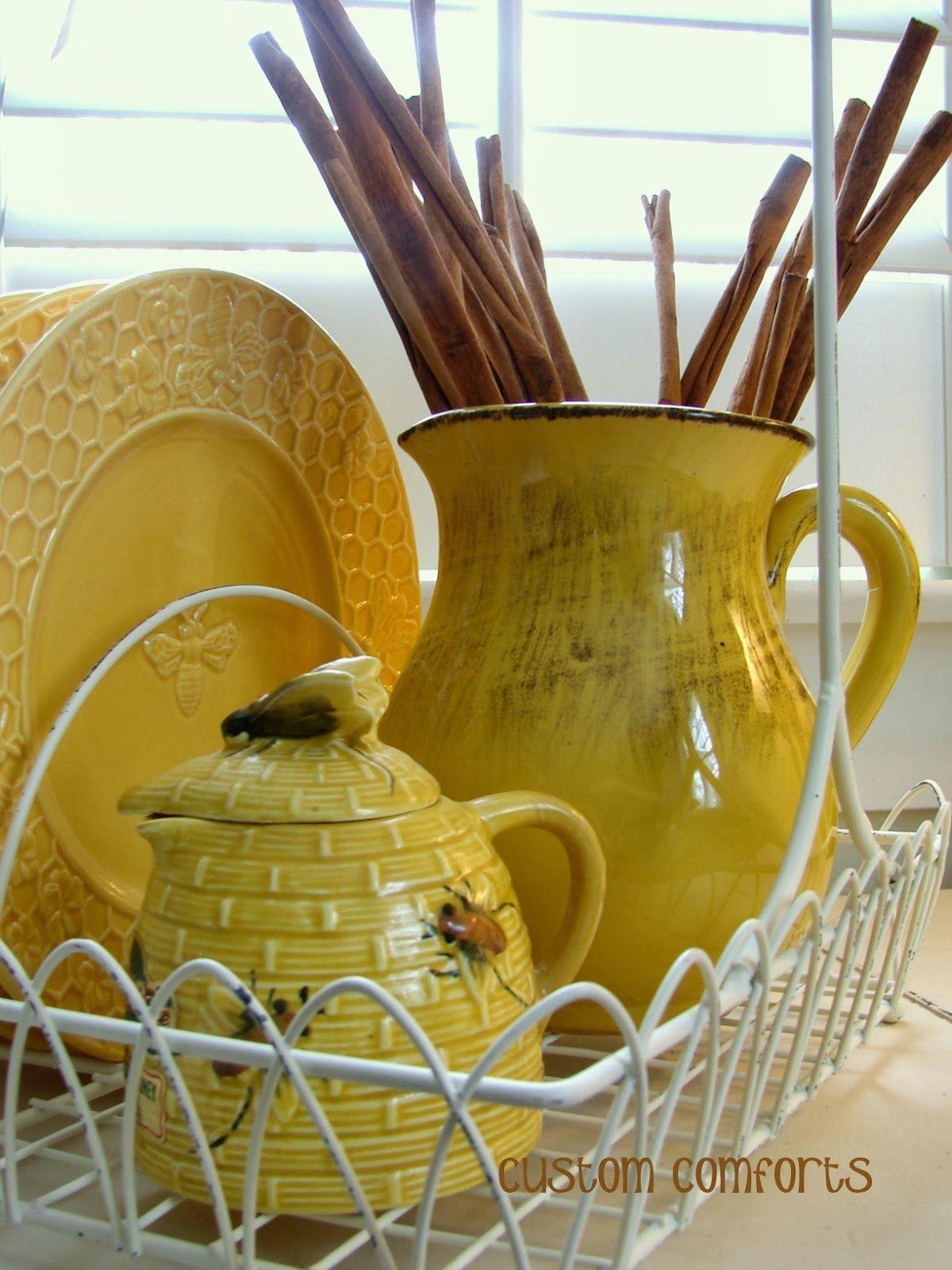 bee dinnerware u0026 honey pot & bee dinnerware u0026 honey pot | Iu0027ll Bee | Pinterest | Bees Honey and ...