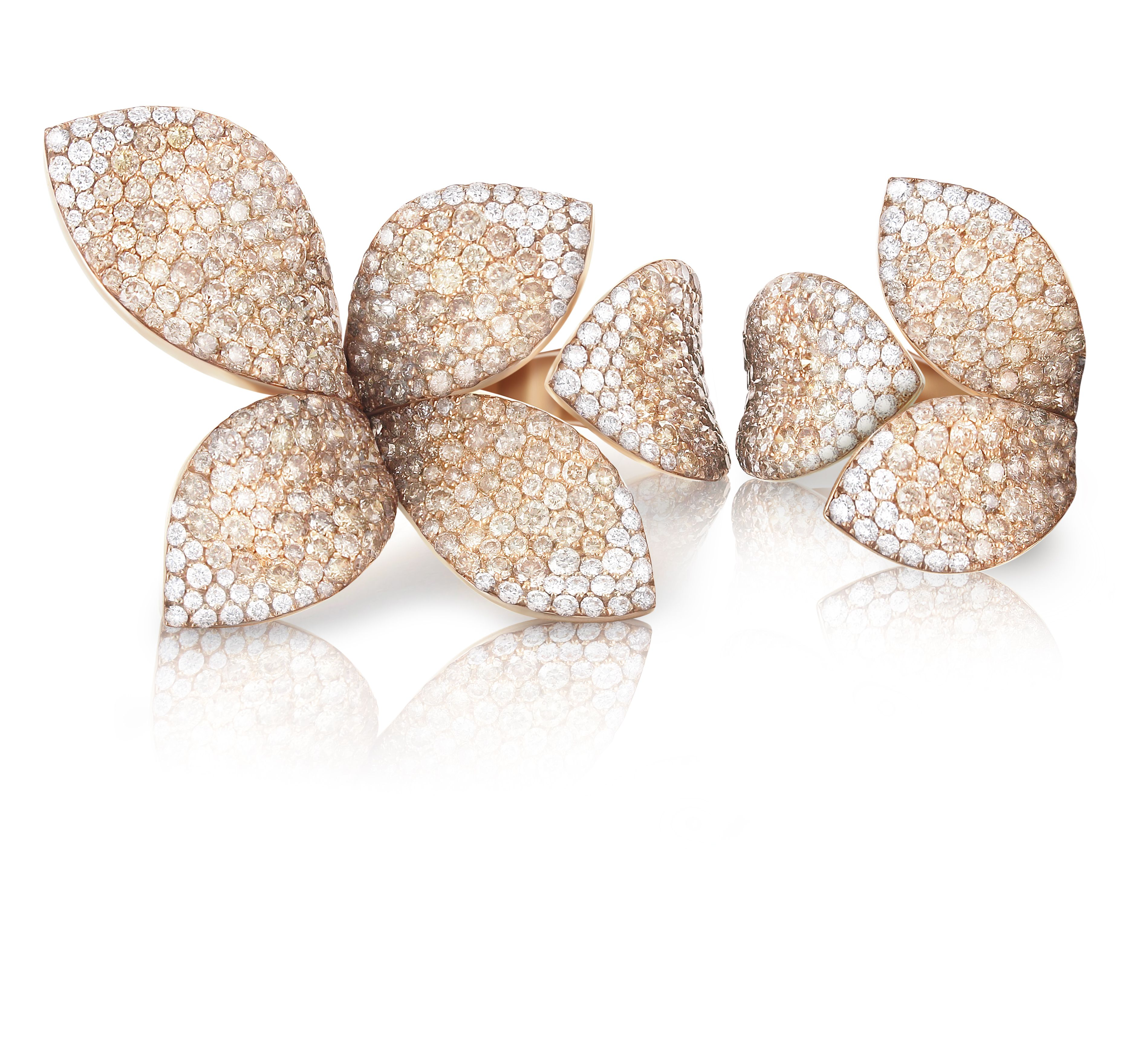 Pasquale Bruni Giardini Secreti 18K White Gold Diamond Petal Ring VSKAo