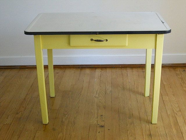 Porcelain Enamel Top Table Would Be Addorable Desk If Legs