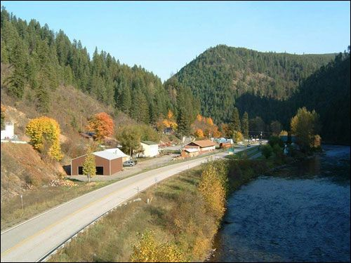 Swiftwater lodge avery idaho motel lodging for the for Idaho fly fishing lodges