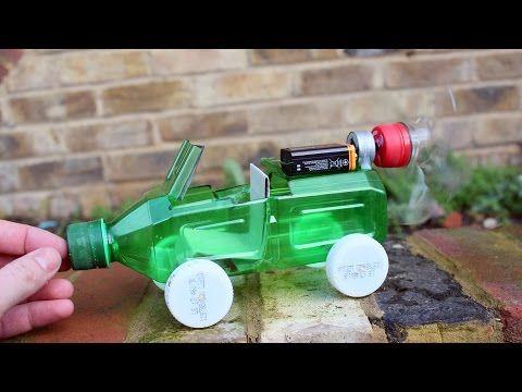 comment faire une voiture de jouet aliment en utilisant une bouteille en plastique tonnant. Black Bedroom Furniture Sets. Home Design Ideas