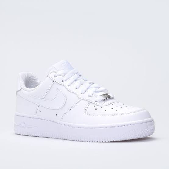 Nayk Spor Ayakkabi Bayan Beyaz Google Arama 2020 Ayakkabilar Topuklular Nike
