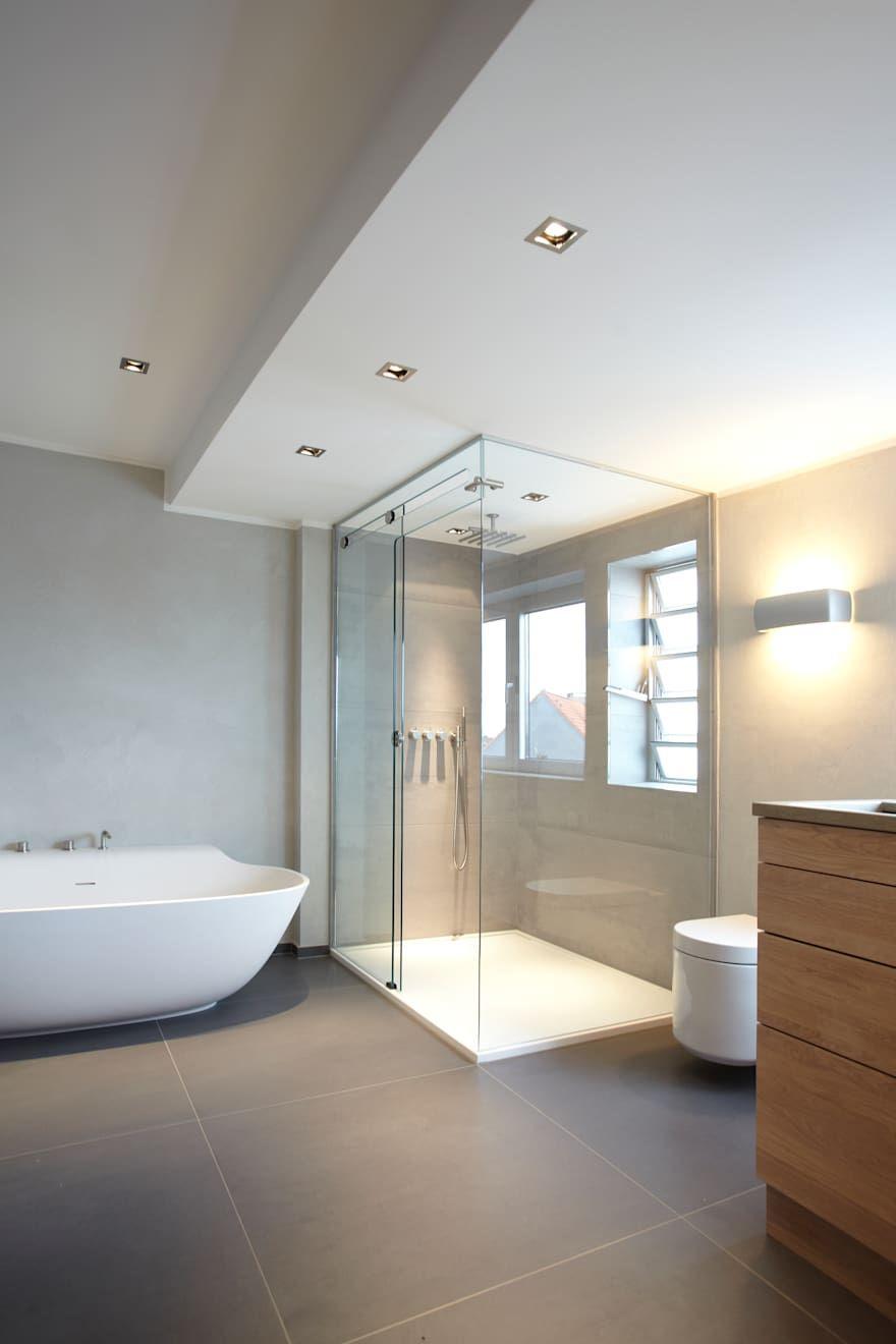 Badezimmer Ideen Design Und Bilder In 2020 Modernes Badezimmer Innenarchitektur Badezimmer Design