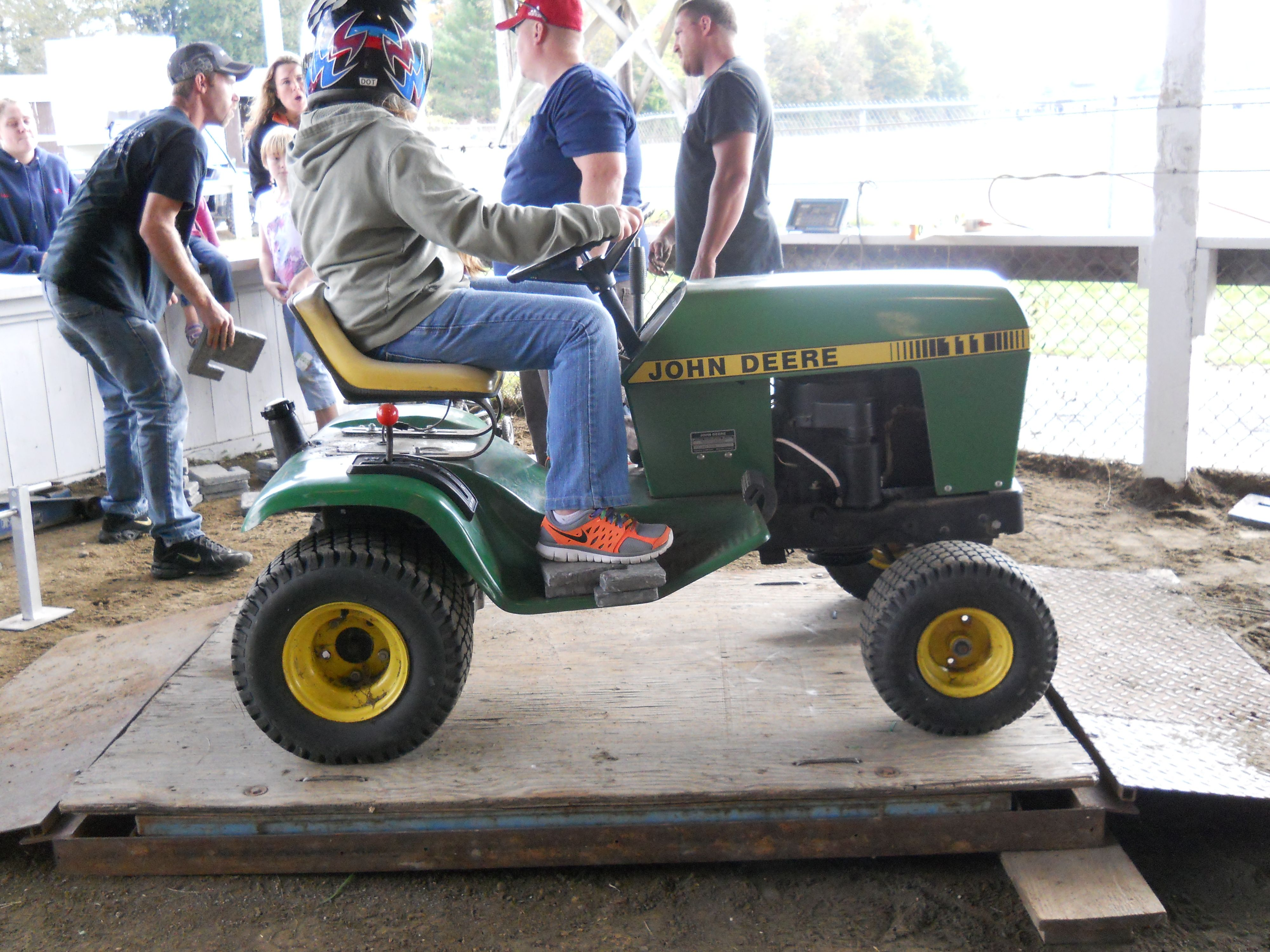 Outlaw truck and tractor pulling official site. Pin On Garden Tractors