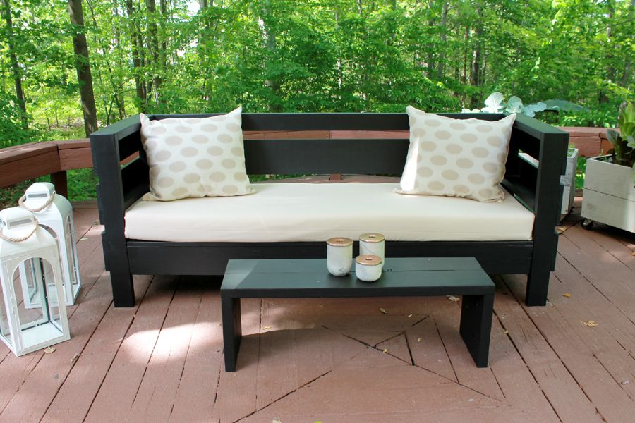 Build Your Own Diy Outdoor Furniture At A Fraction Of The Cost To Purchase It New This Mode Outdoor Sofa Diy Diy Outdoor Furniture Diy Outdoor Furniture Plans