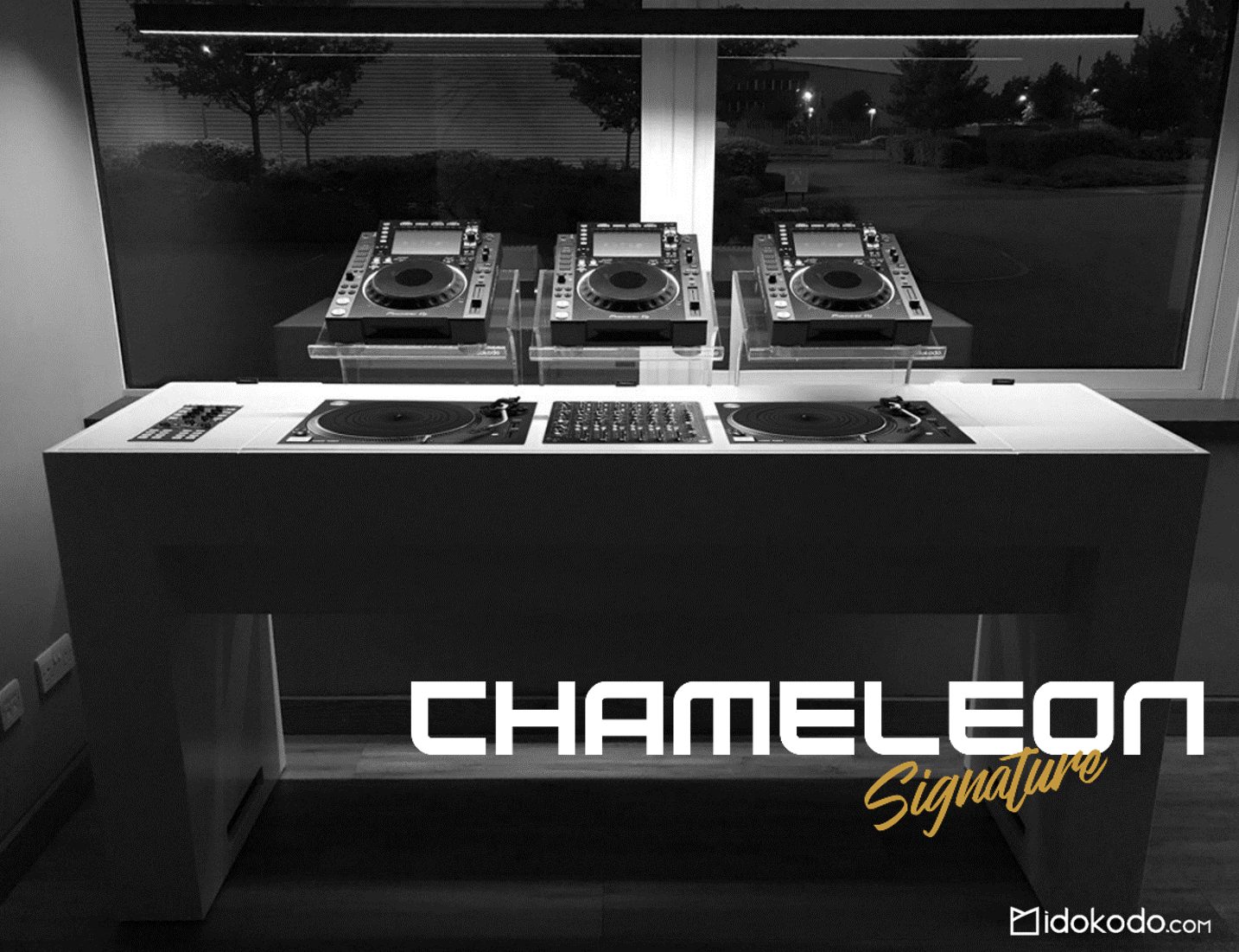 Portable Modular Amp Custom Dj Booths Tables Amp Stands That Break Apart And Assemble In In Minutes Hand Crafted For Profess Dj Booth Dj Table Dj Room