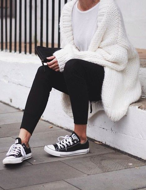 Cardigan: tumblr white chunky knit t-shirt white t-shirt leggings black  leggings