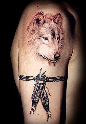 plume d 39 aigle tatouage recherche google tatoos pinterest tattoo tatoo and tatoos. Black Bedroom Furniture Sets. Home Design Ideas