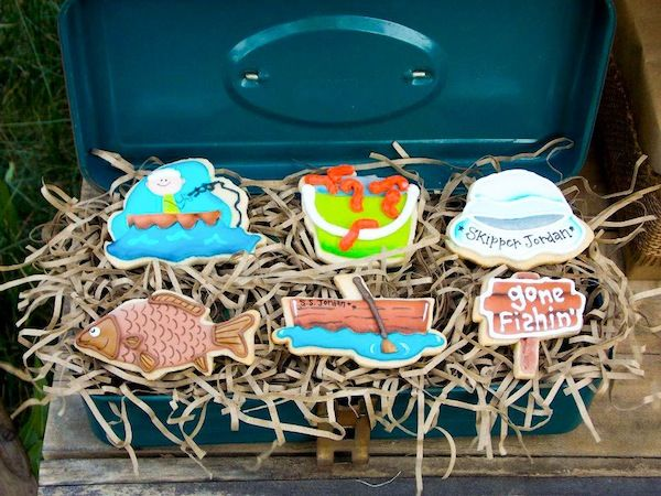 fisherman fishing themed birthday party via karau0027s party ideas fishing boy