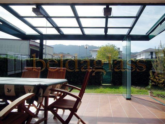 Terraza cubierta con techo movil de cristal techos moviles para terrazas pinterest porch - Cubierta de cristal ...