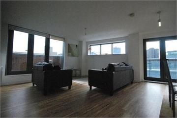850 Pcm Furnished The Works Withy Grove Manchester M4 2bj A Very Spacious Two Bedroom Apartment Located In One Of Th Two Bedroom Apartments Open Plan Living Two Bedroom