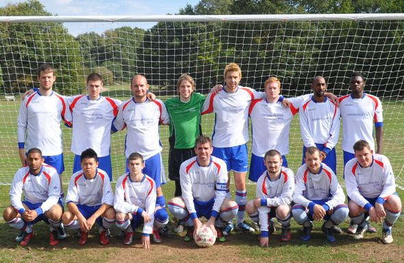 When refereeing deaf players football — photo 2