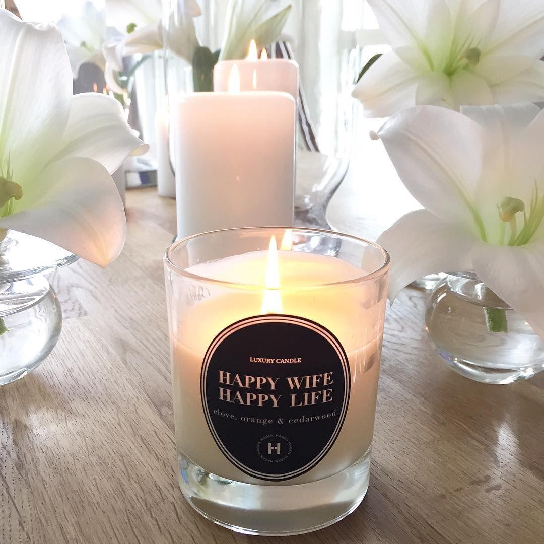 """""""I samarbeid med @hagenluxurycandles gir jeg dette lyset til en av mine følgere. Vinneren trekkes på søndag. Se bilde under for å delta ⭐️"""""""